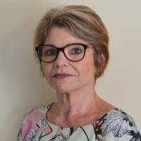 Foto do(a) Secretária: Cláudia La-Rocca Prestes Ferreira