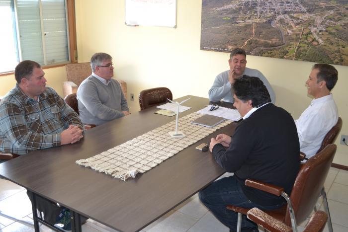 Deputado Estadual Luis Augusto Lara faz visita ao Prefeito Sávio Prestes