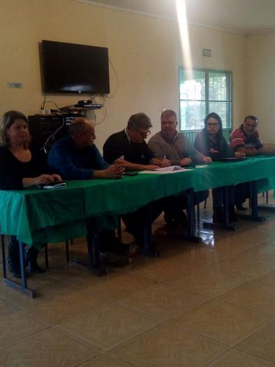 Prefeito Sávio Prestes, Assina Contrato de Repasse para Construção de Quadra Coberta no Ibaré.